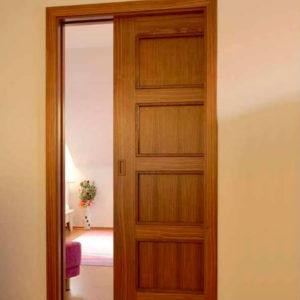 межкомнатная дверь пенал в интерьере