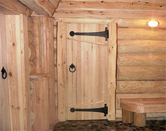 Дверь из липы для сауны