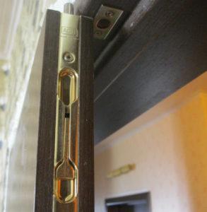 дверной ригель