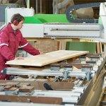 Изготовление качественных дверей на фабриках и заводах