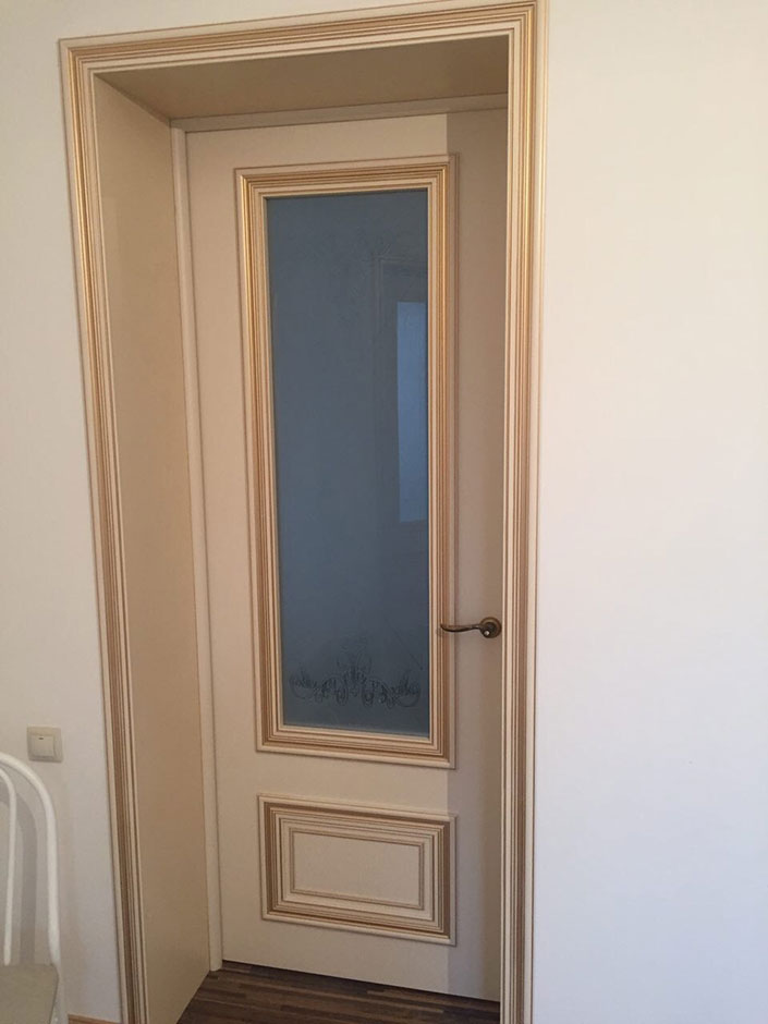 Одностворчатая распашная межкомнатная дверь