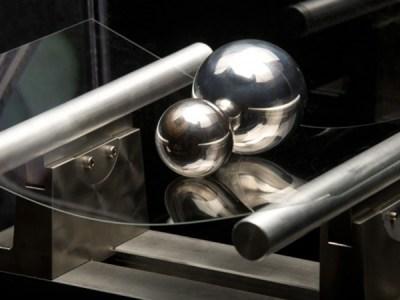 Corning trabaja en un polímero de plástico y vidrio para pantallas plegables