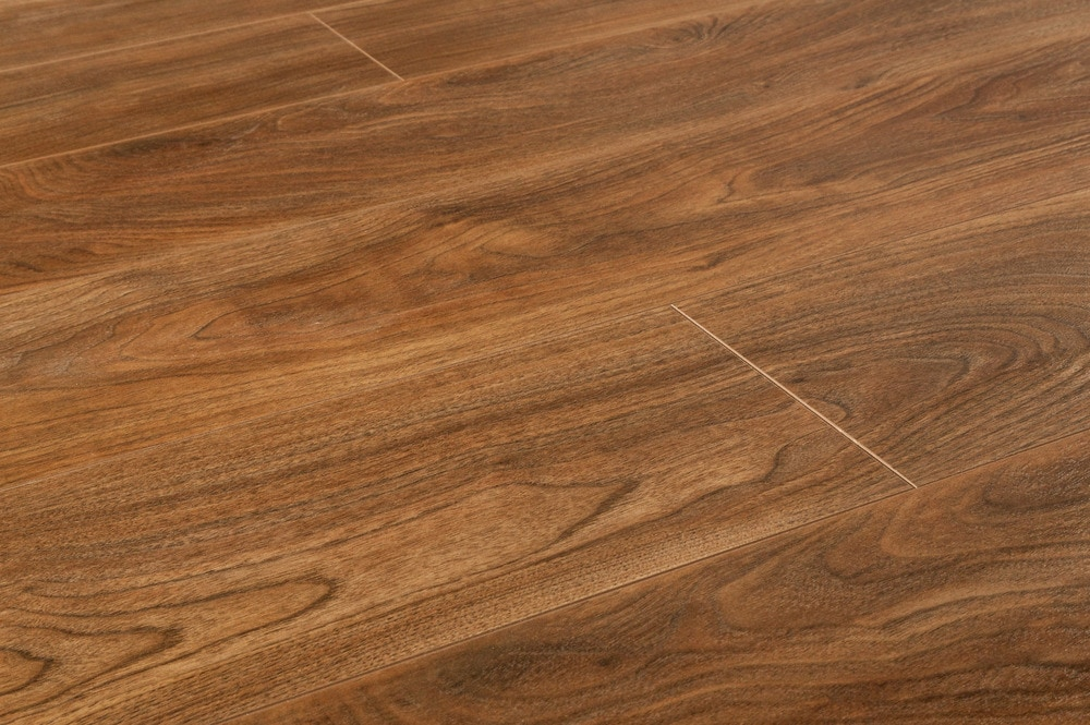 Lamton Laminate  12mm American Walnut Collection Natural