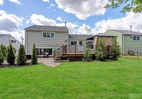 32 Campbell Drive, Sayreville, 08859, 4 Bedrooms Bedrooms, ,2 BathroomsBathrooms,Residential,For Sale,Campbell,2116733R