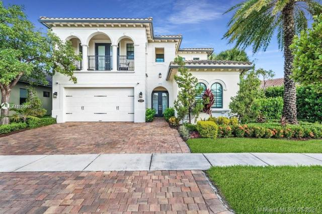 Property for sale at 11345 SW 12th St, Pembroke Pines,  Florida 33025