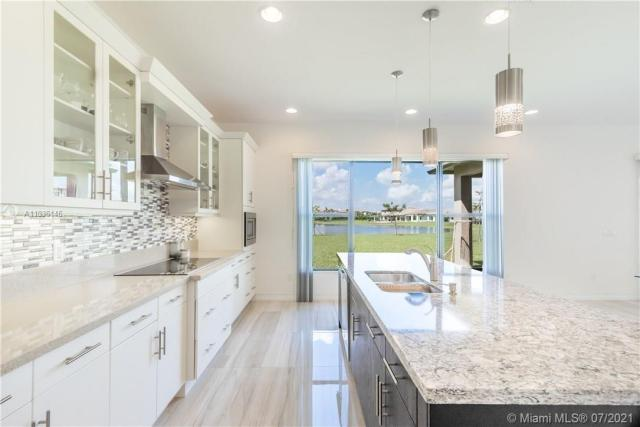 Property for sale at 1282 SW 113th Way, Pembroke Pines,  Florida 33025