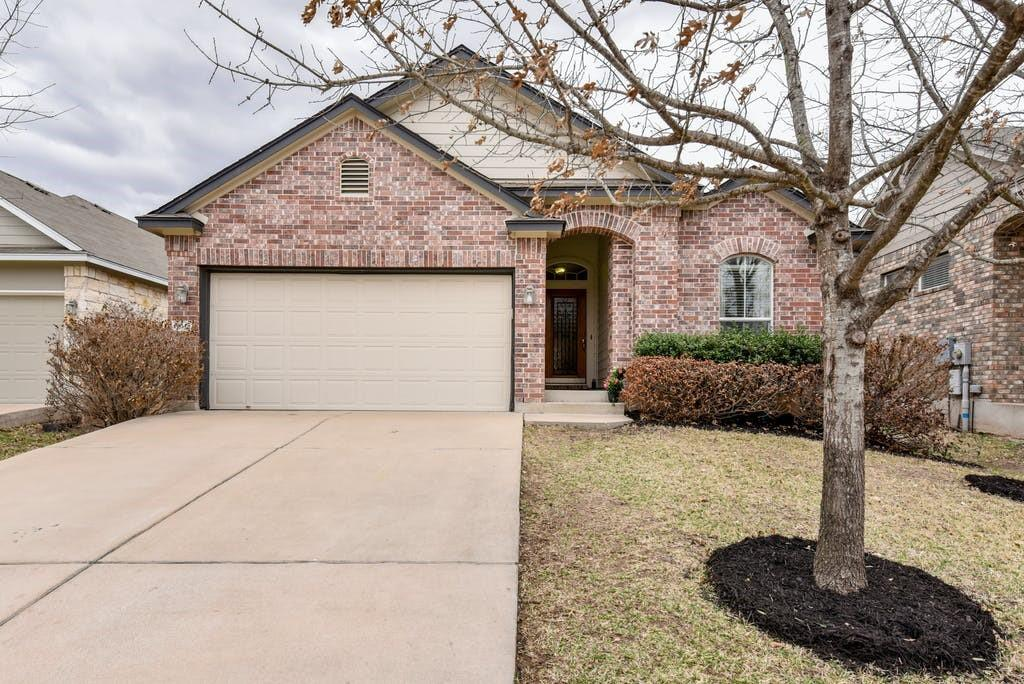 Avery Ranch 1-story home that offers 3 beds/2 baths and an additional flex room. Approx 1,786 sqft (tax record). No neighbors behind home. Prime location - Accessible to Parmer Lane, Brushy Creek, restaurants, golfing, new Apple campus. Great schools! Kitchen features granite counters, island, good cabinet space, and a sizable dining area. Tasteful laminate flooring throughout most of the home. Covered back patio. Come see why everything is selling so quick in Avery Ranch! Community amenities include multiple pools, trails, basketball courts, tennis courts, playground.