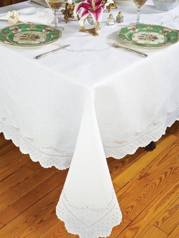 Crescente - Fine Table Linens Schweitzer Linen