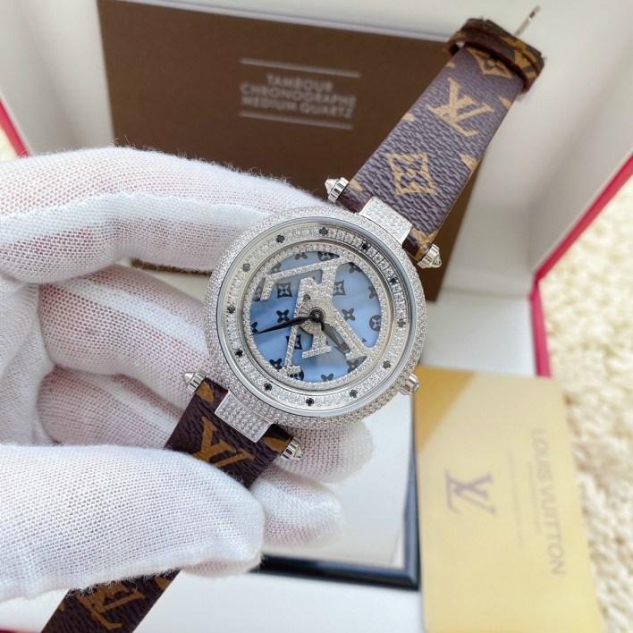 Đồng hồ Louis Vuitton nữ mặt xoay