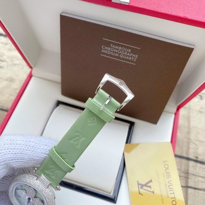 Đồng hồ Louis Vuitton nữ dây da