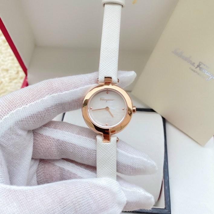 Đồng hồ Ferragamo nữ dây da màu trắng