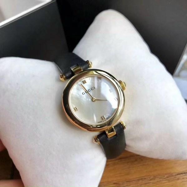 Đồng hồ Gucci nữ đính đá