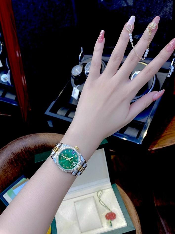 Đồng hồ Rolex ngọc trinh