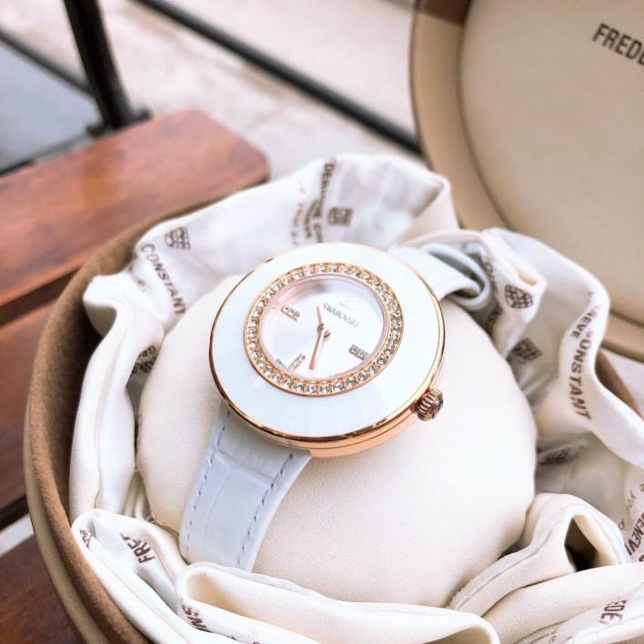 Đồng hồ Swarovski nữ dây da