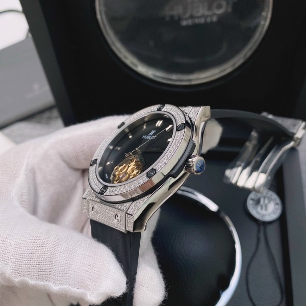 Đồng hồ Hublot nam máy cơ