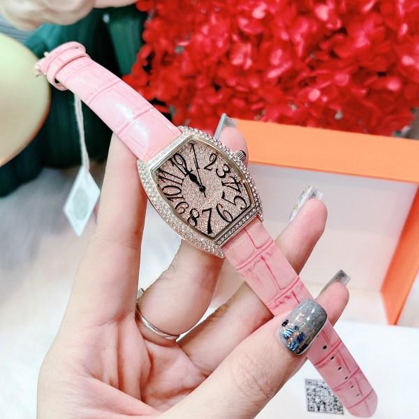 Đồng hồ Davena nữ dây da màu hồng