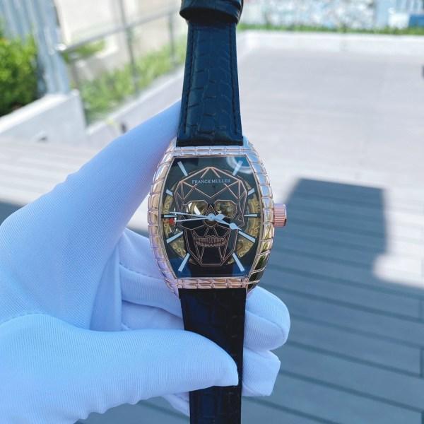 Đồng hồ Franck Muller cơ lộ máy