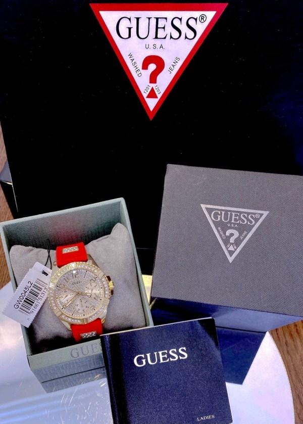 Đồng hồ Guess GW0045L2