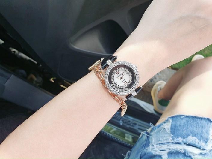 Đồng hồ nữ đẹp Royal Crown