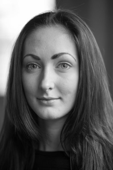Black & White headshot of dancer Nadine Knew in Leicester