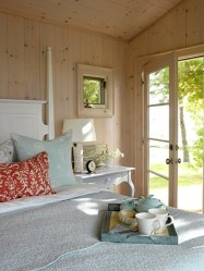 bedroom cottage sarah richardson room inspiration chic looks cozy fresh guest decorating bedrooms beach cabin decor master styles cottages pretty