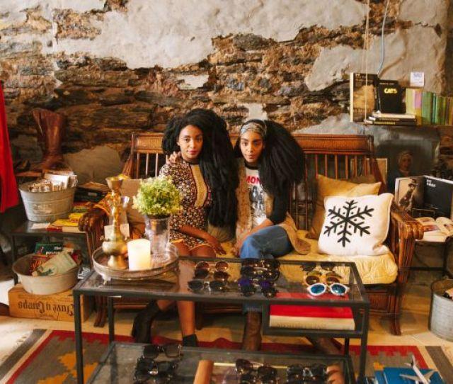 Watch The Urban Bush Babes Reveal Their Best Vintage Shopping Hacks Teen Vogue Video Cne