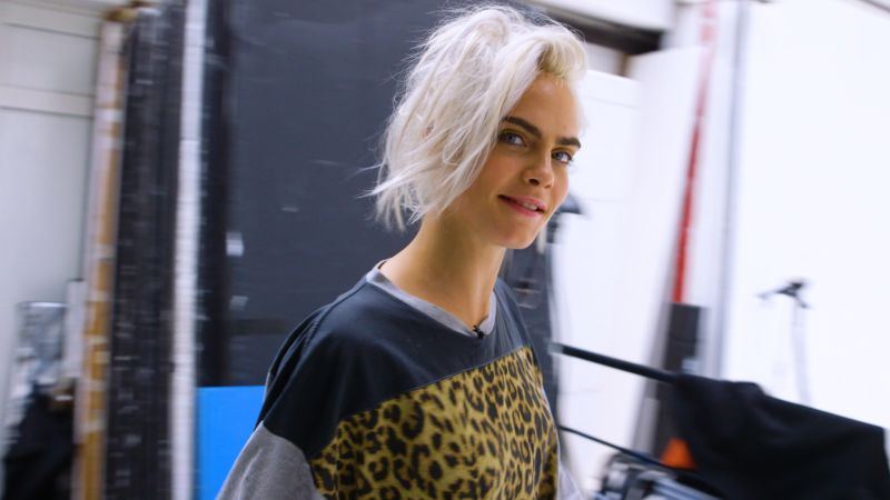 Early Fall Wallpaper Watch Glamour Cover Shoots Cara Delevingne 8 Looks 1