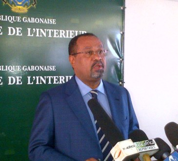 GABON-OFFICIEL : INTERDICTION  DU MEETING DU 20 DECEMBRE 2014, A RIO