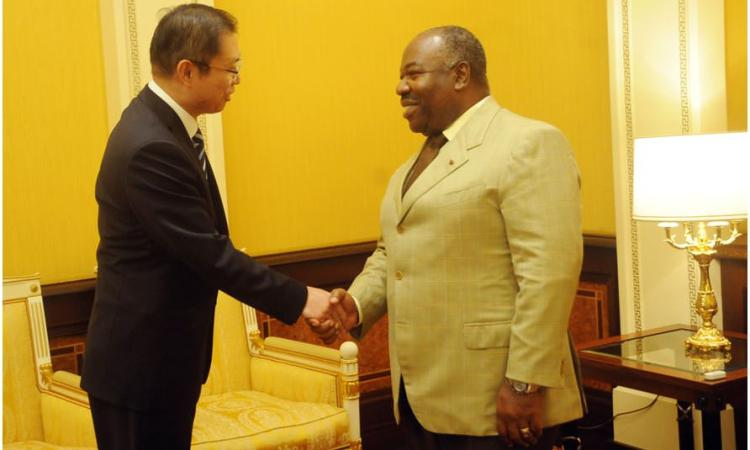 Ali Bongo Ondimba a reçu en audience l'ambassadeur de Chine au Gabon