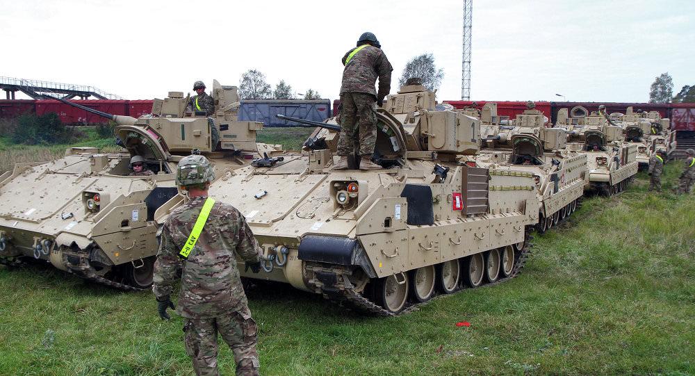 1029225634 - Les chars US de retour en Europe pour contrer l'«impérieuse Russie»