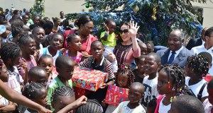 Célébration de Noël : Les enfants de Libreville à la fête