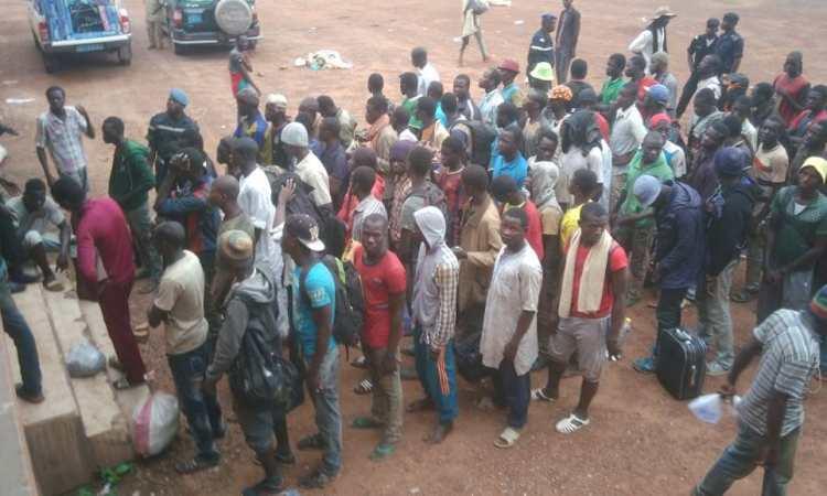 migrants mali 0 - Le collectif de migrants «Mains propres» occupe le consulat du Mali à Paris