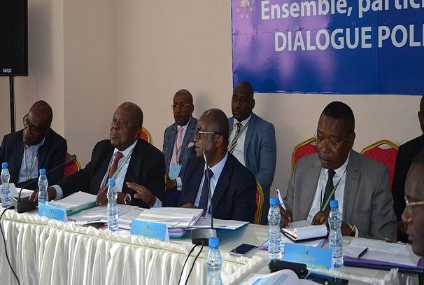 gabon vers un consensus pour une presidentielle a deux tours - Gabon : Vers un consensus pour une présidentielle à deux tours