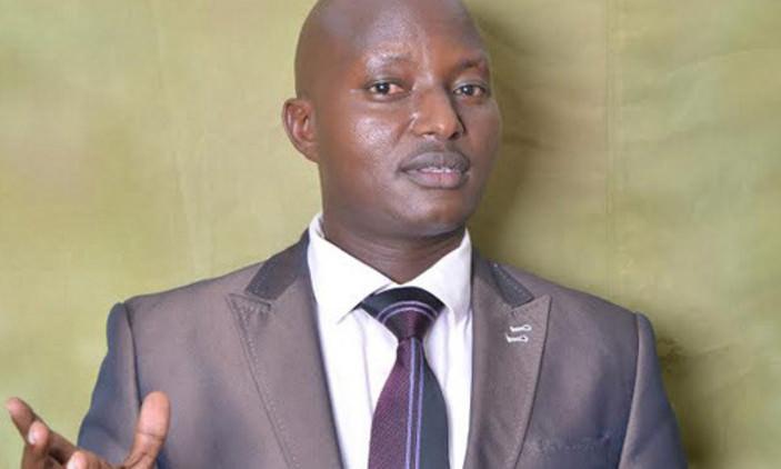 Ouganda : un pasteur devant la justice pour avoir brûlé de nombreux exemplaires de la Bible
