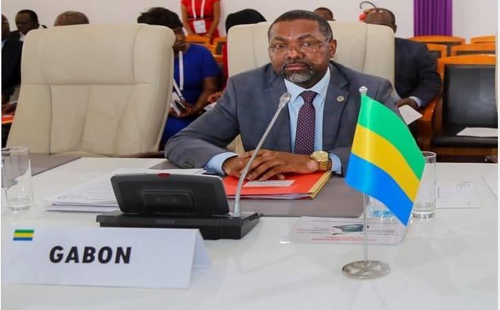 France Gabon S.E.M. Flavien Enongoué Ambassadeur du Gabon en France 1 - Gabon-Rencontre : Flavien Enongoué, un intellectuel Ambassadeur à Paris.