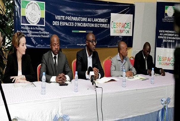 employabilite des jeunes le ministere des pme et ja gabon en synergie - Employabilité des jeunes : Le ministère des PME et JA Gabon en synergie