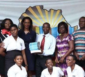 initiative lafrique qui lit le projet arrive au ghana - Initiative 'L'Afrique qui lit' : Le projet arrive au Ghana