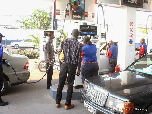 Kinshasa : fin de la vente séquentielle du carburant dans les stations-services