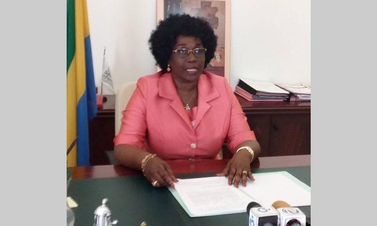anguile - Réseau d'escroquerie dans les établissements scolaires:  la ministre de l'Education nationale tape du poing sur la table