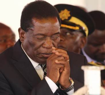 mnangagwa eyes open 768x581 - Zimbabwe -Tentative d'assassinat: Mnangagwa accuse Grace Mugabe d'être à l'origine de l'explosion