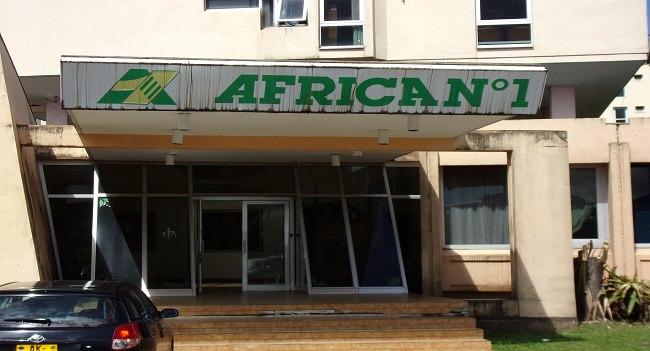 arton40463 - Gabon-Dossier/Edito : Africa N°I, l'énigme !