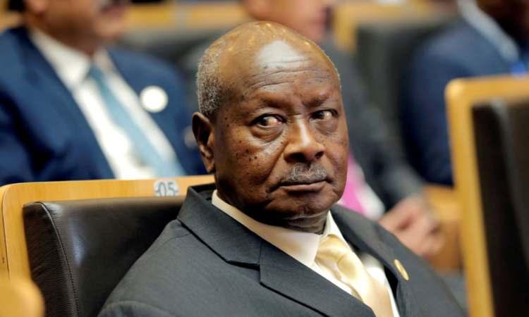 Museveni sur les lieux du glissement de terrain meurtrier en Ouganda
