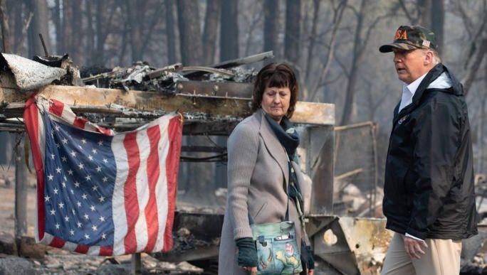"""Etats-unis : A Paradise, ville dévastée par le feu, Trump exprime sa """"tristesse"""""""