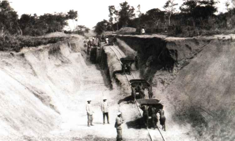 construction ligne brazzaville atlantique - Congo-Océan: premier train à Brazzaville depuis plus de deux ans