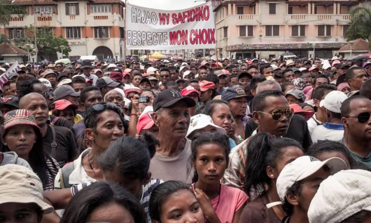 31854ad4b8025ea72ccd3239b24788cc 1546098674 - Présidentielle malgache: la victoire de Rajoelina contestée dans la rue