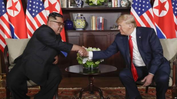 Le train de Kim Jong-Un entre en Chine avant le sommet avec Trump