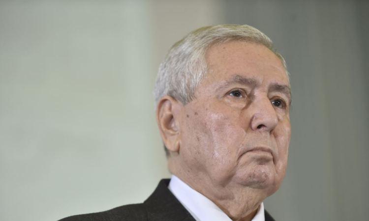 Algérie: après des magistrats, des maires refusent d'organiser la présidentielle