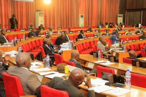 RDC : le sénateur Auguy Ilunga porte plainte contre l'ancien gouverneur Ngoyi Kasanji