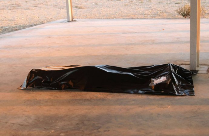 Libye: Inhumation de 46 migrants morts dans un naufrage au large de Khoms