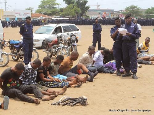 Nord-Kivu : une quarantaine de présumés bandits présentés au commissaire provincial de la police